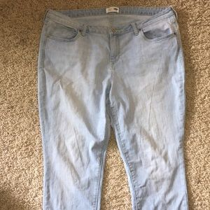 Old Navy Jeans - Straight Fit light wash Old Navy Jeans
